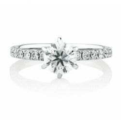 Classical Round Cut Engagement Ring